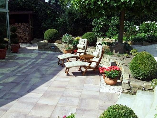 Barrierefreier und seniorengerechter Garten - Bilder und Beispiele